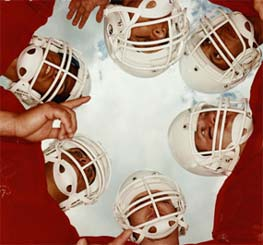 Picture Of Football Huddle